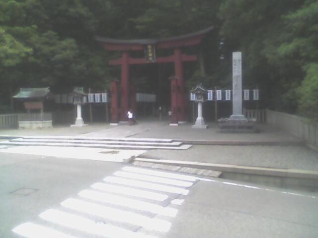 新潟 弥彦温泉街かどライブカメラ